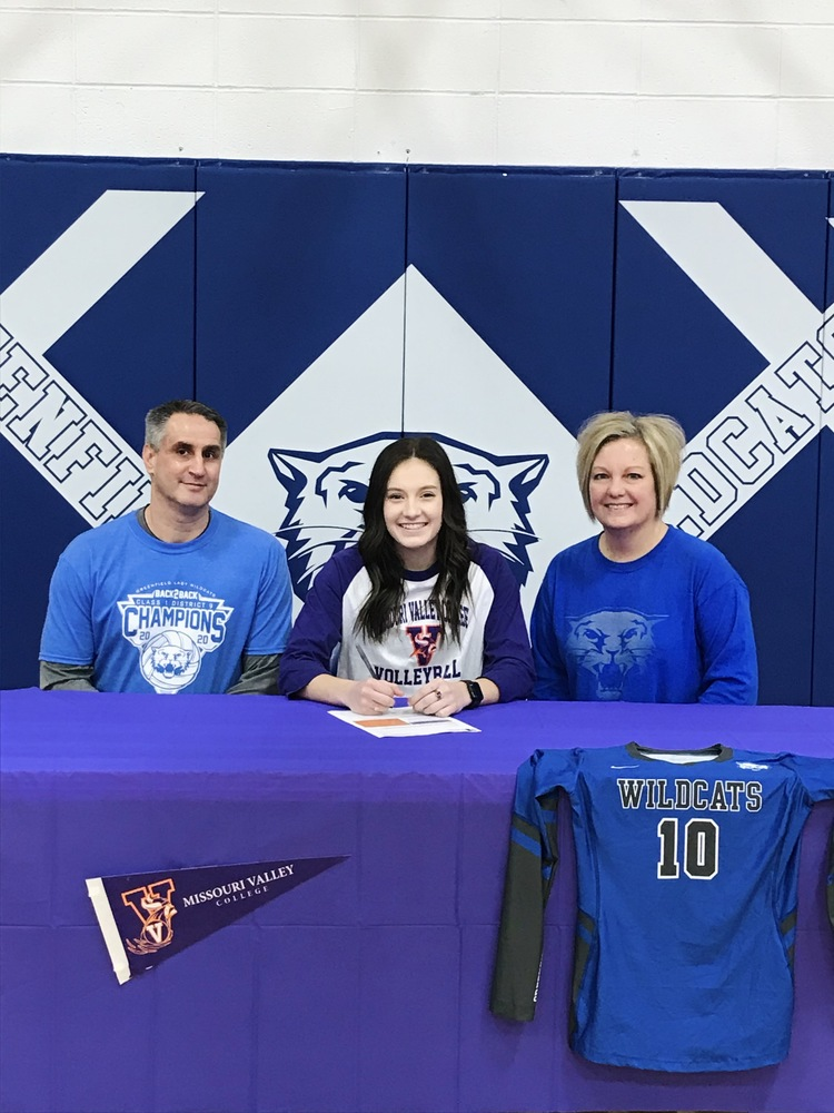 Wright Signs with Missouri Valley College