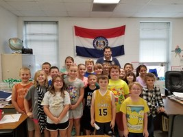 Representative Mike Kelley visits Greenfield Elementary