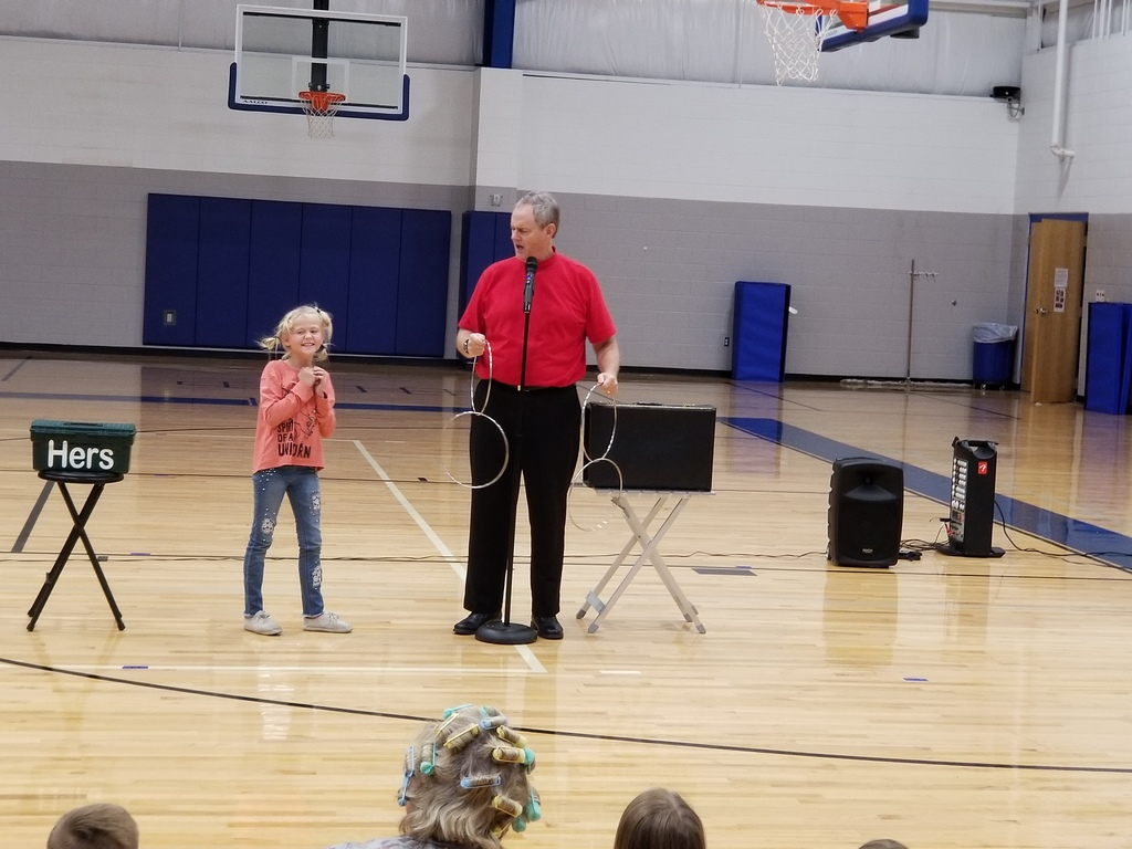 Red Ribbon Week Magic Show
